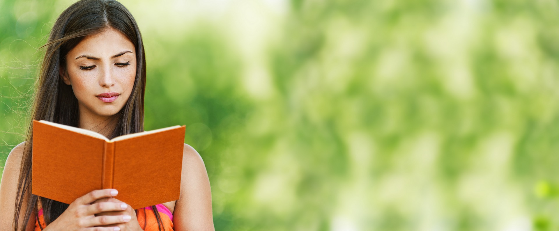 girl-with-red-book